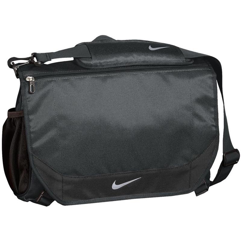 Nike Golf Performance Messenger. TG0245